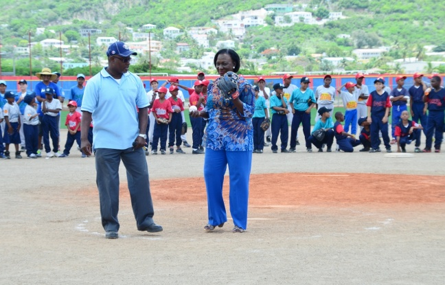 Minister Patricia Lourens-Philip throws out first pitch at Little League Tournament