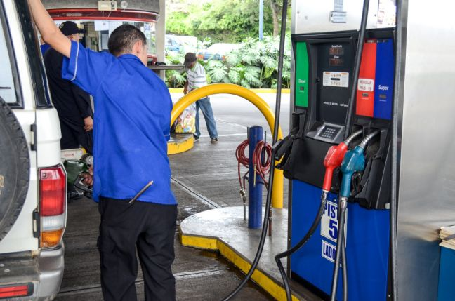 Gasoline and Diesel Prices to be adjusted on Tuesday