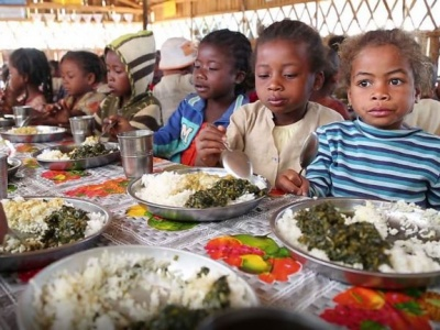 Severe hunger in southern Madagascar likely persist into 2017 due to drought-hit crops, UN warns