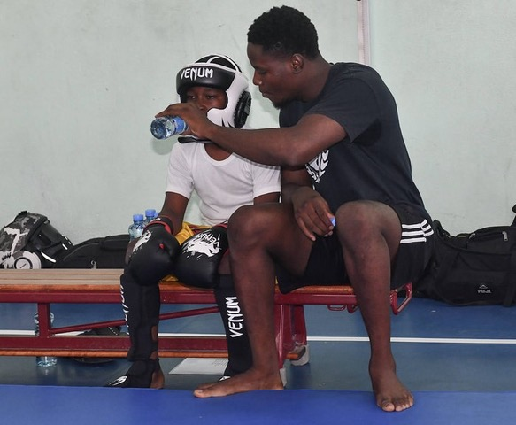 Sensei Akeem coaches young Shaquille Carbon