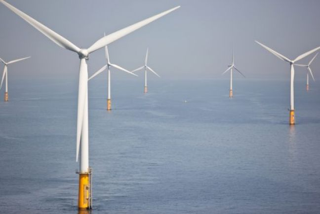 Dutch pick three more North Sea sites for offshore wind farms