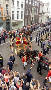 The King and Queen in the Royal Carriage on Prinsjesdag. (Twitter photo)