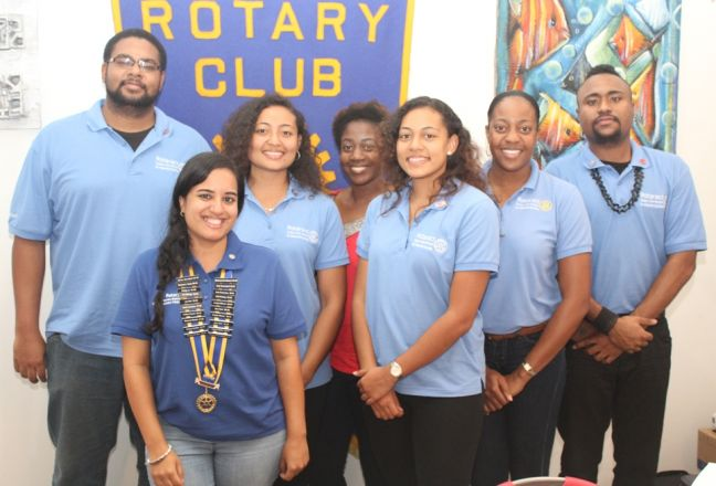 President Anjali Manek (2nd from left foreground) with the Rotaractors. (Photo contributed)