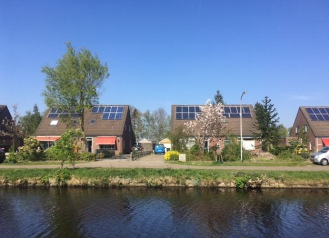 Solar panel owners are doing good business at the moment. Photo: DutchNews