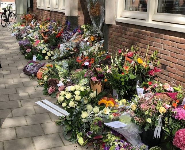 Flowers outside Derk Wiersums office. Photo: DutchNews