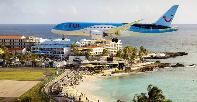 First TUIfly Boeing 787 Dreamliner touchdown at SXM Airport on October 30. (TUIfly Photo)