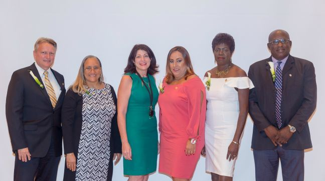 In the picture below are some of the honored jubilarians together with acting president Leila Matroos-Lasten. From left to right: Carolus 'Cai' Walters, Ruthmilda Vos, Leila MatroosLasten, Yolanda Salesia-da Silva Gois, Jacinth Arrindell, and Hensley Roach.