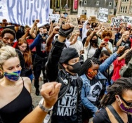 Thousands demonstrate against police violence in Amsterdam