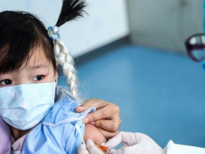 Experts underscore COVID-19 threat to global progress on child immunization